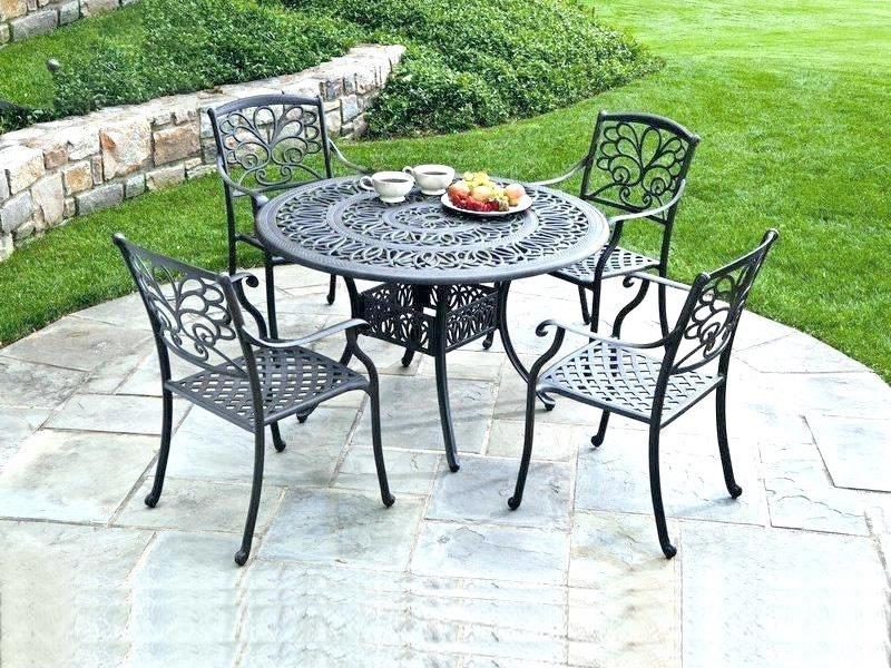 bàn ghế ngoài trời bằng sắt