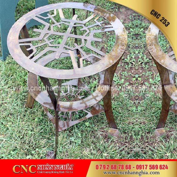 bàn ghế hoa văn sắt cnc 253