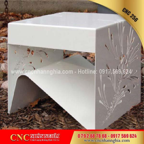 bàn ghế sắt hoa văn cnc 256