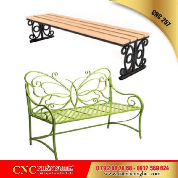 bàn ghế sắt hoa văn cnc 257