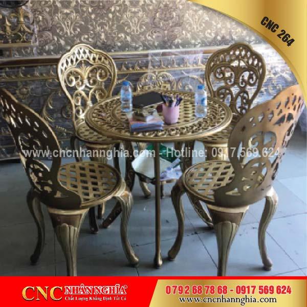 bàn ghế sắt mỹ nghệ cnc 264