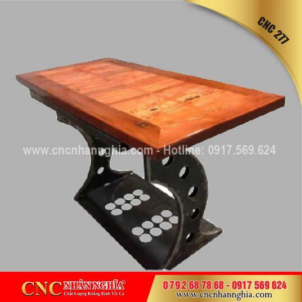 bàn ghế sắt mỹ nghệ cnc 277