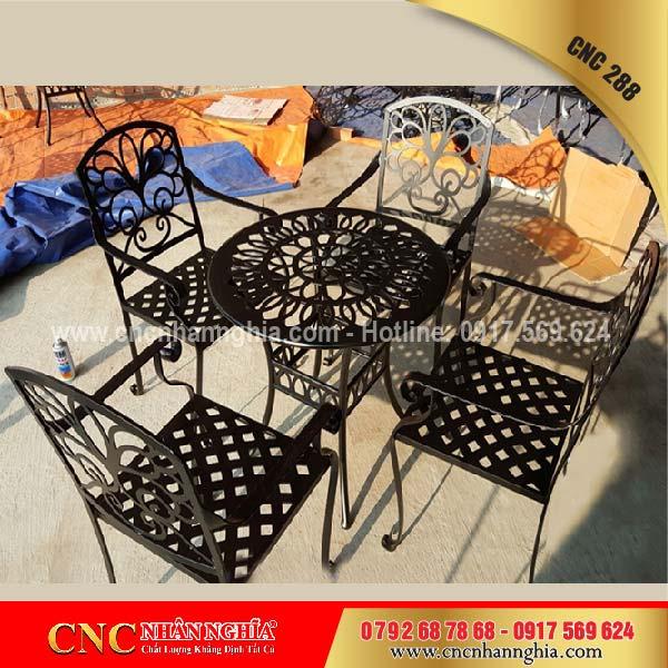 bàn ghế sắt mỹ nghệ cnc 288