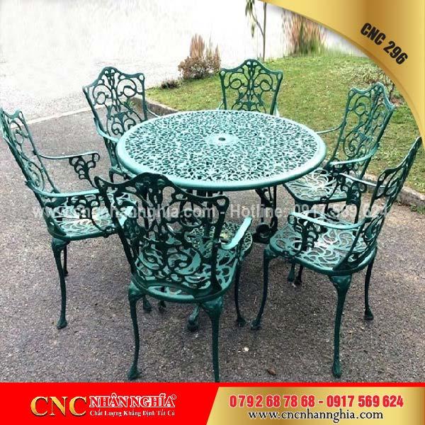 bàn ghế sắt mỹ thuật cnc