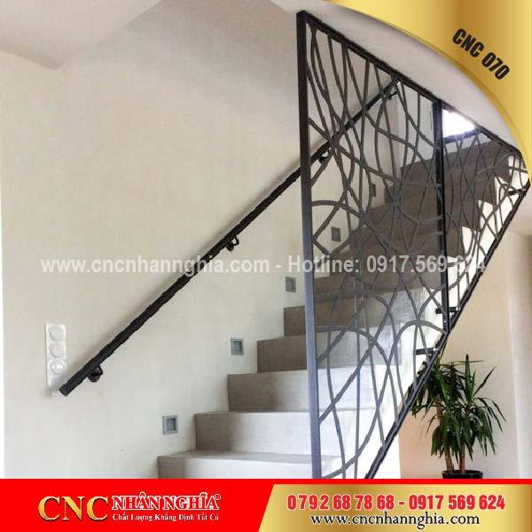 mẫu cầu thang sắt đẹp 070