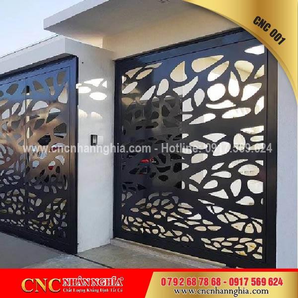 cửa cổng sắt mỹ thuật cnc 001