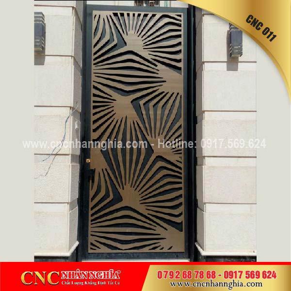 cửa cổng sắt mỹ thuật cnc 011
