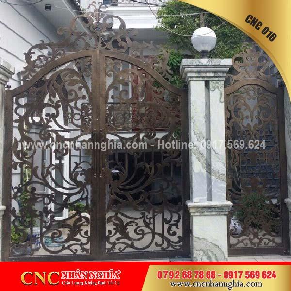 cửa sắt hoa văn cnc 016